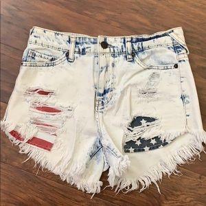 High-Waisted American Flag Pocket Jean Shorts-0/25
